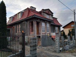 Die Villa des ehem. Lagerkommandanten Amon Göth. Heute ein gewöhnliches Wohnhaus, das renoviert wird. Ob das so erstrebenswert ist, in der ehemaligen Behausung eines Massenmörders zu wohnen ?