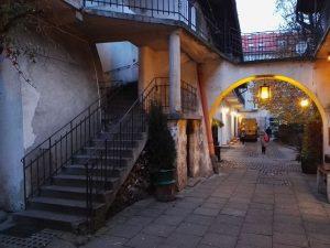 Das ehem. kulturelle Zentrum der jüdischen Gemeinde im Stadtteil Kaszimierz. Hier wurden Teile der Ghettorauflösung in Schindlers Liste gedreht.