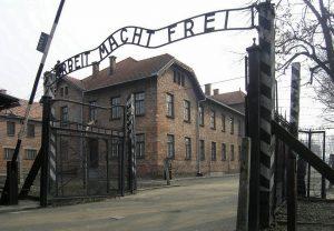 Eingang zum Stammlager Auschwitz I.